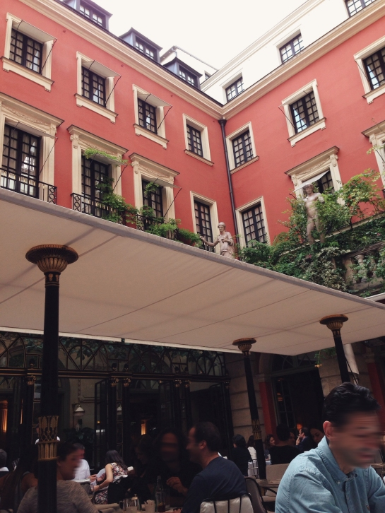 costes hotel st honore 04