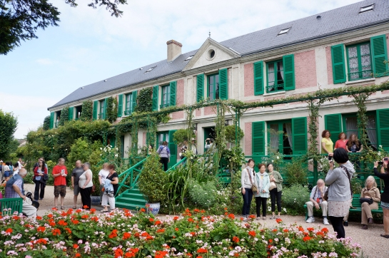 monet garden giverny 01
