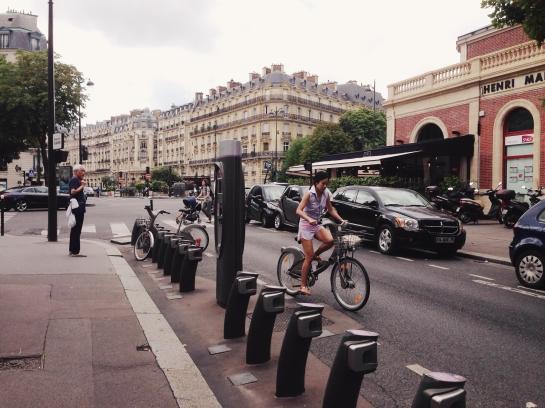 velib_bicycle_henri_martin03