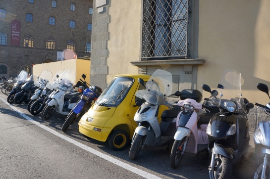 motorcycle_arno_river_firenze_florence04