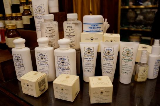 pharmacie_perfume_fragrance_santa_maria_novella_florence_firenze09_cream_lotion