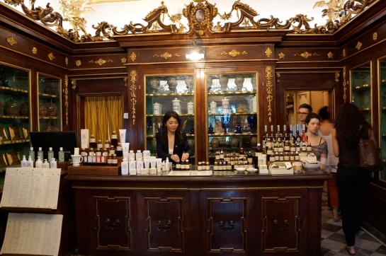 pharmacie_perfume_fragrance_santa_maria_novella_florence_firenze11