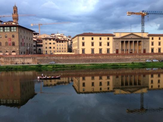 gondola_arno_river_florence_firenze01