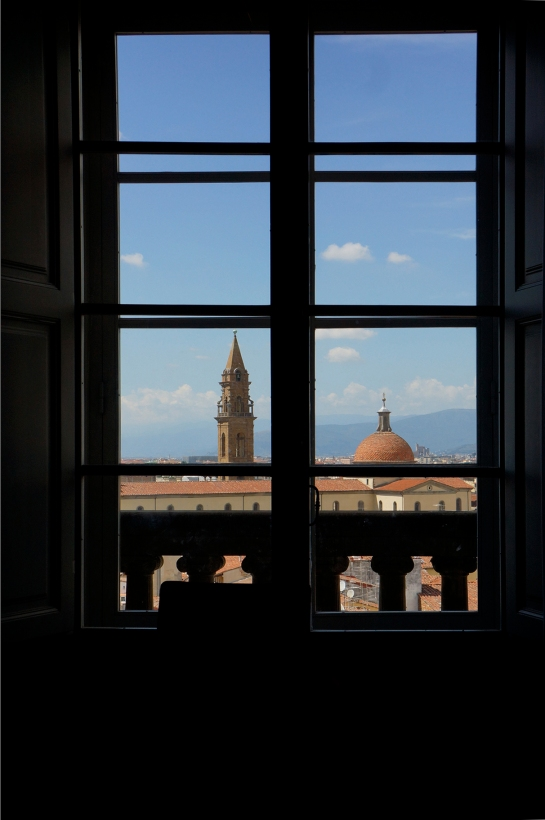 window_view_palazzo_palace_pitti_florence_firenze07