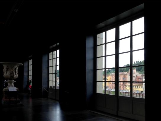 window_view_uffizi_florence_firenze017