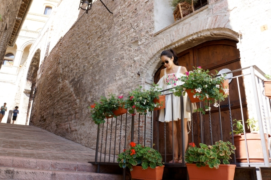 assisi_flower_balcony_18