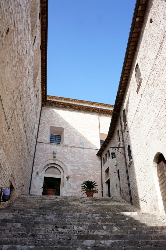 assisi_stair_italy_32