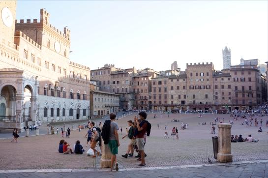 30_piazza_del_campo_siena_italy