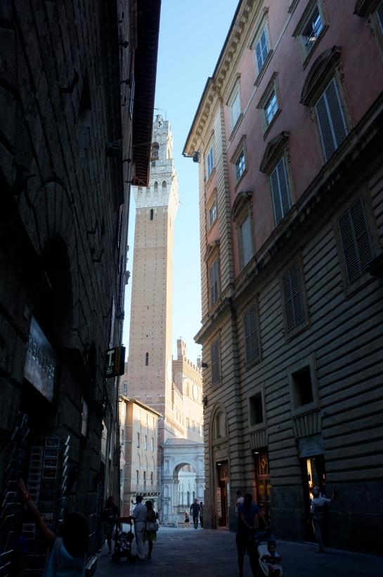 40_street_siena_italy