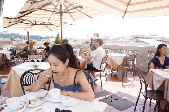 la_rinascente_terrace_cafe_rooftop_bar_duomo_florence_firenze_04